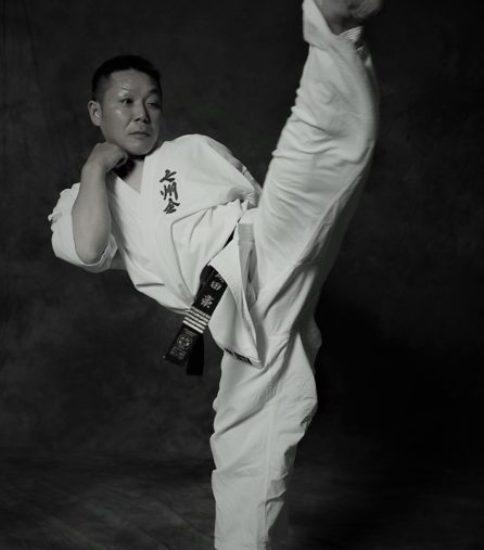 成田麗(七州会)の父・豪師範のバック転